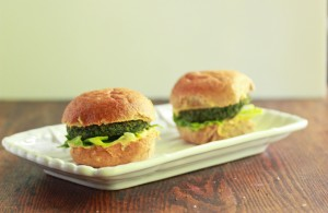 Spinach and Chickpea Veggie Burgers