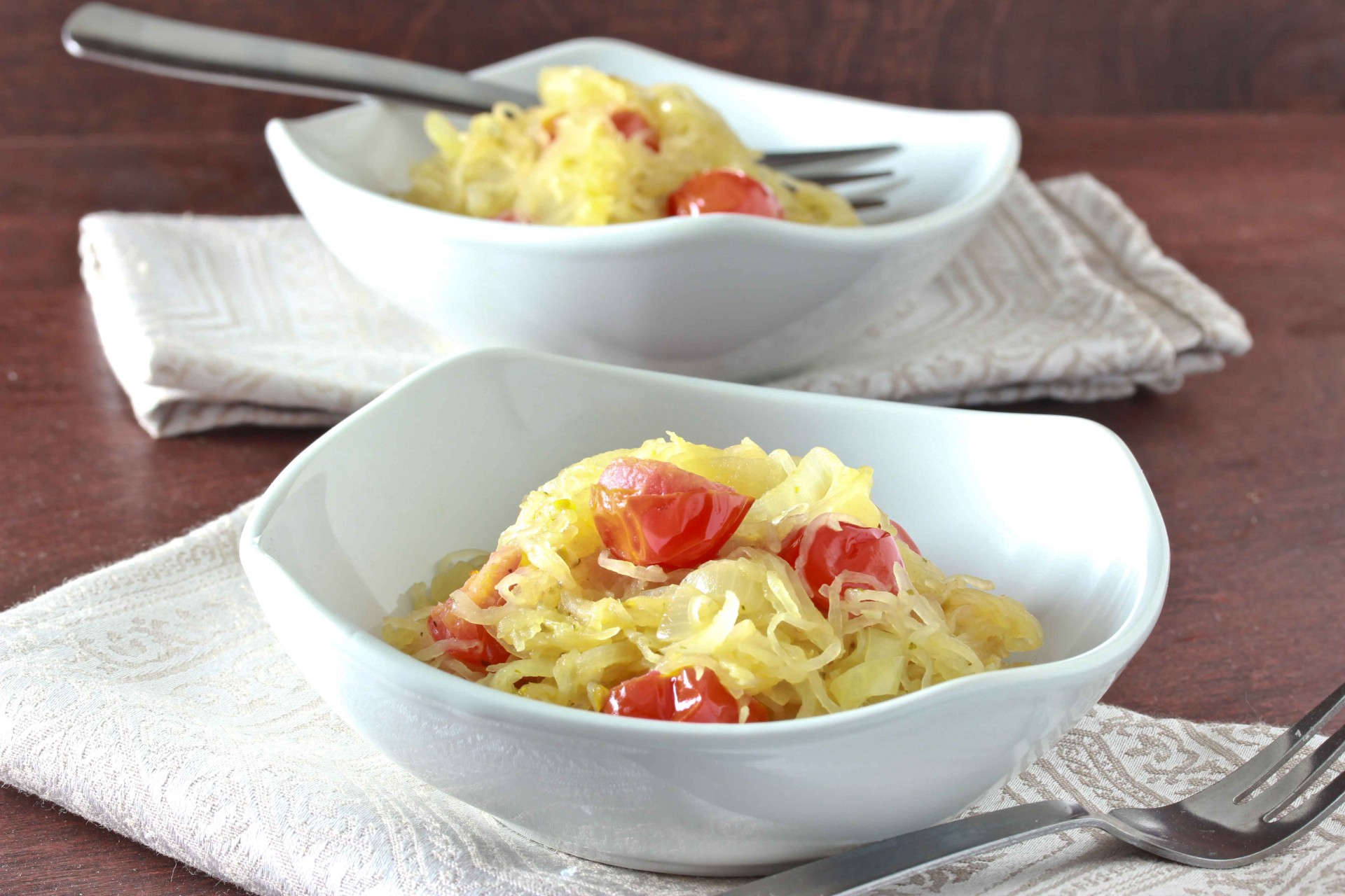 Garlic Spaghetti Squash with Tomatoes and Basil and a Review and ...