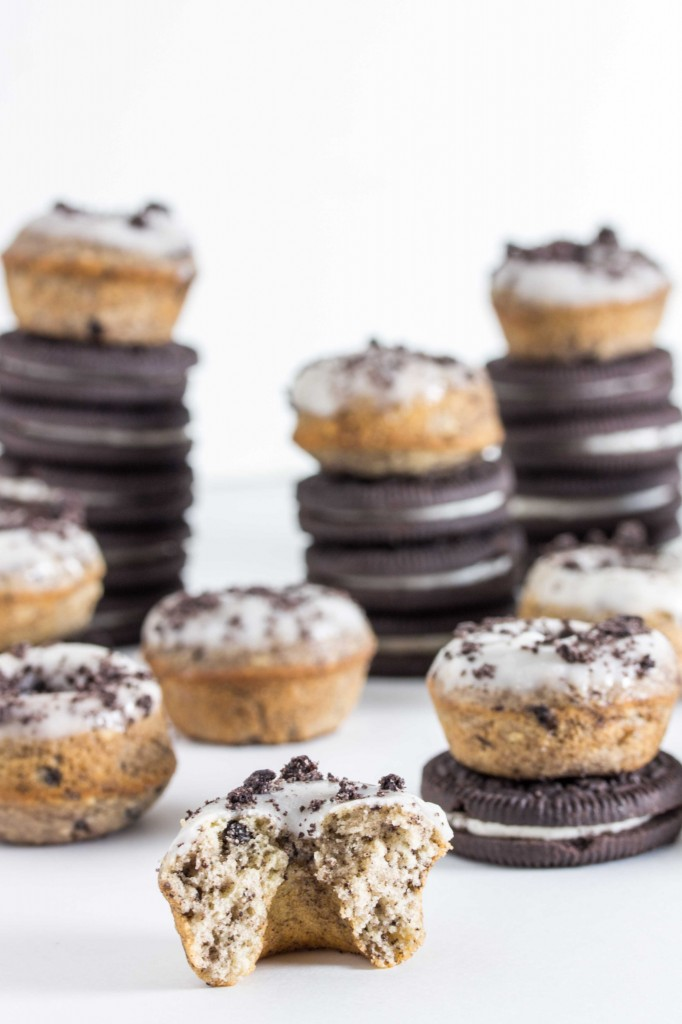 baked cookies and cream donuts 3