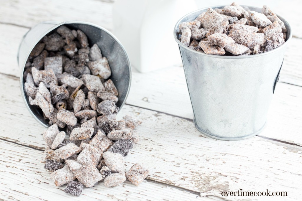 cookies and cream muddy buddies 2