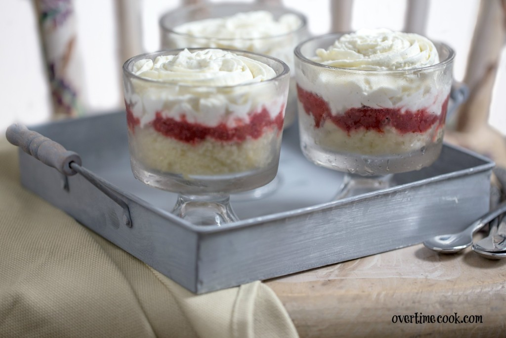 strawberry shortcake cheesecake trifle