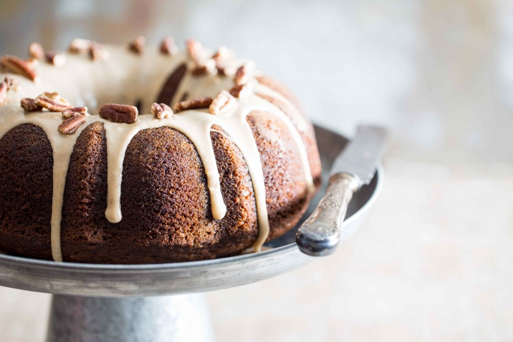spiced apple cider bundt cake3