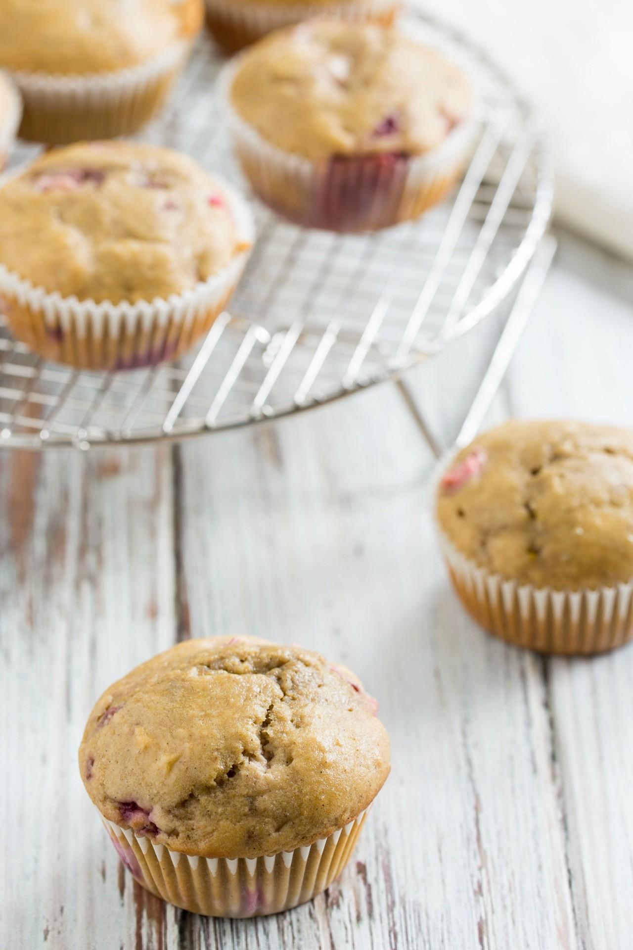 Healthified Strawberry-Rhubarb Cupcakes